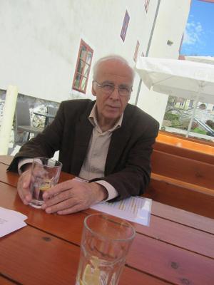 https://www.naravnaimunost.si/images/Razprave/intervju12_1.jpg